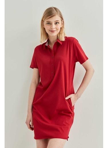 Vitrin Polo Yaka Kısa Kol Elbise Kırmızı